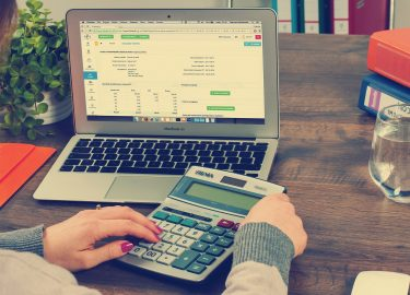 Es imperioso reformular el sistema tributario